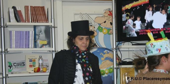 Villi López es la responsable del proyecto requetecorcheas y autora del DVD infantil 'Riky Patas'